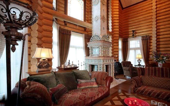вариант использования русского стиля в светлом декоре комнате