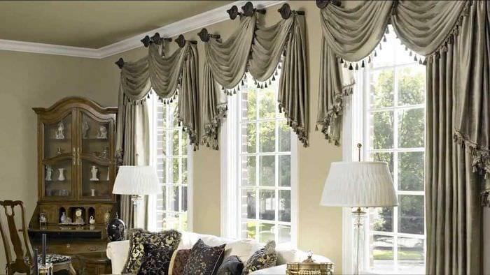 пример использования современных штор в красивом декоре комнате