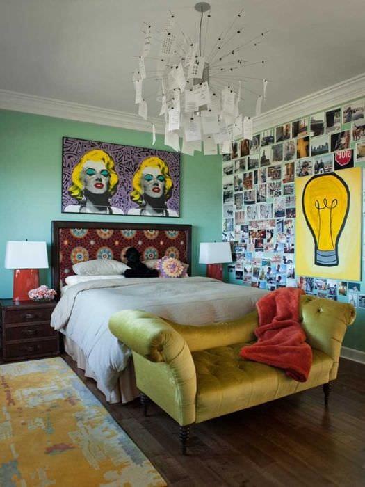 пример использования светлого декора комнаты в стиле ретро