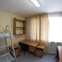 идея яркого стиля небольшой комнаты в общежитии фото