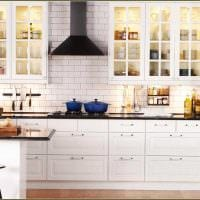 вариант необычного интерьера кухни 8 кв.м картинка