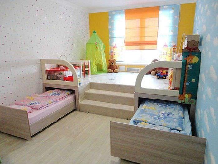 вариант необычного декора детской комнаты для девочки 12 кв.м