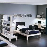 идея светлого интерьера спальни для молодого человека фото
