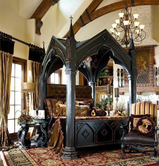 вариант красивого интерьера квартиры в романском стиле