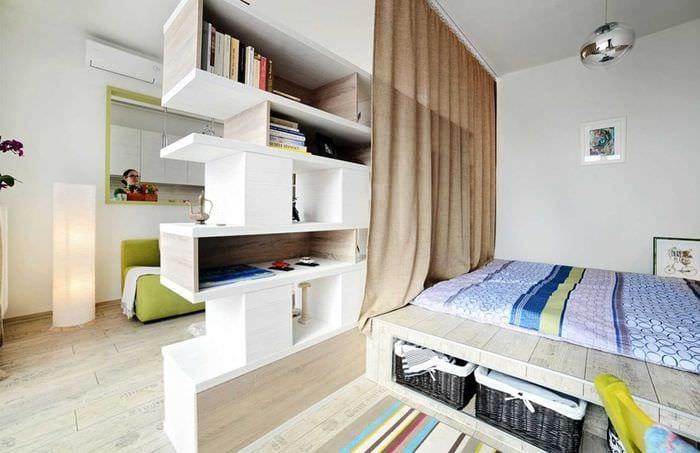 вариант красивого интерьера небольшой комнаты в общежитии