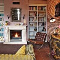 вариант яркого интерьера квартиры в романском стиле картинка