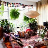 пример применения русского стиля в красивом декоре комнате картинка