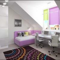 вариант яркого стиля детской комнаты для двоих девочек фото