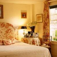 вариант использования необычного декора комнаты в стиле ретро фото