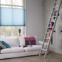пример применения современных штор в ярком интерьере комнате картинка