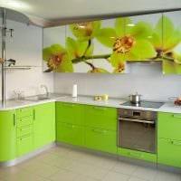 идея применения зеленого цвета в необычном декоре комнаты фото