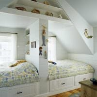 идея необычного декора детской комнаты для двоих детей фото