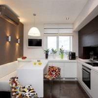 идея яркого дизайна кухни 14 кв.м картинка