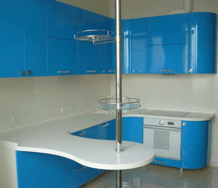 идея красивого дизайна кухни 8 кв.м