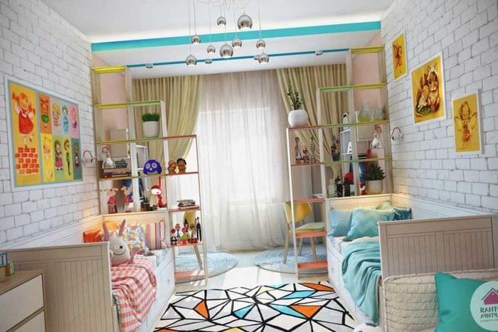 пример красивого интерьера детской комнаты для двоих девочек