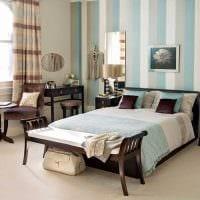 вариант использования интересного голубого цвета в дизайне дома картинка