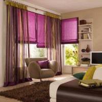 вариант использования современных штор в необычном интерьере комнате картинка