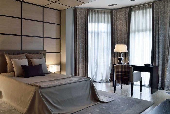 идея использования современных штор в необычном интерьере квартире