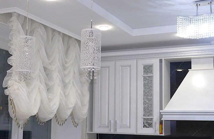 идея использования современных штор в красивом декоре квартире