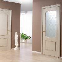 идея применения светлого ламината в необычном дизайне дома картинка