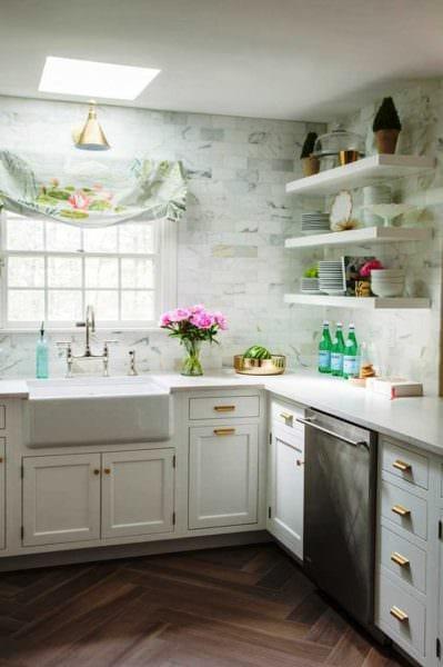 пример применения красивого декора кухни картинка