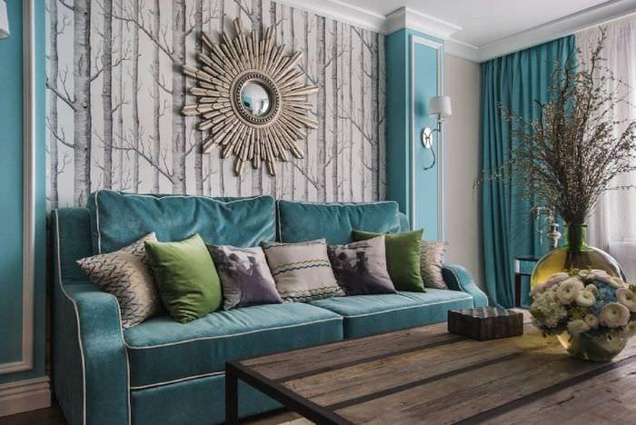 вариант использования интересного голубого цвета в дизайне дома