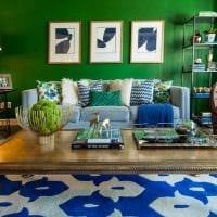идея использования зеленого цвета в необычном интерьере квартиры фото