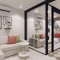 вариант яркого дизайна квартиры студии фото