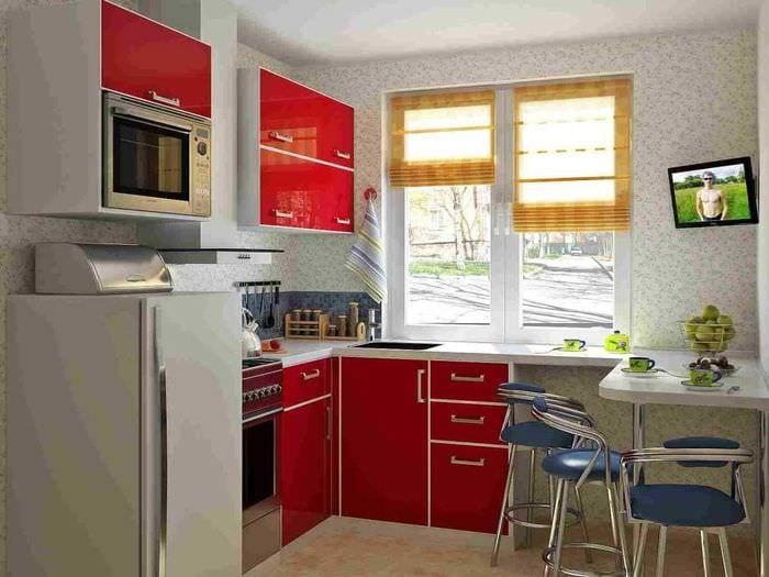 идея яркого дизайна кухни 9 кв.м