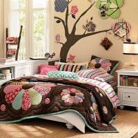 идея красивого декора спальни в стиле пэчворк фото