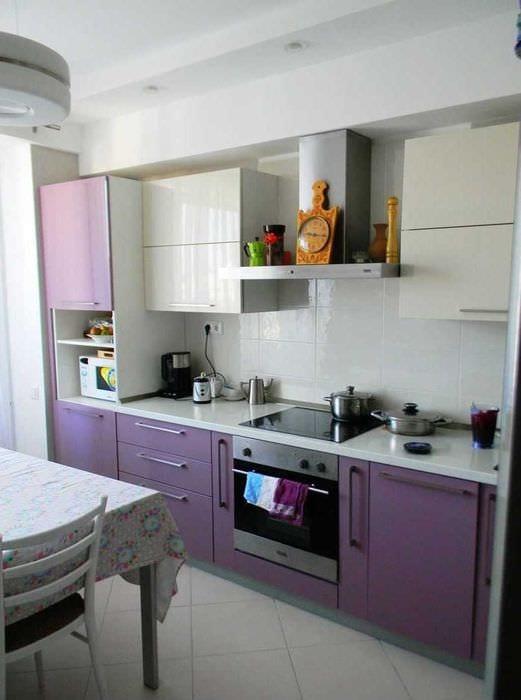 идея светлого стиля кухни 8 кв.м