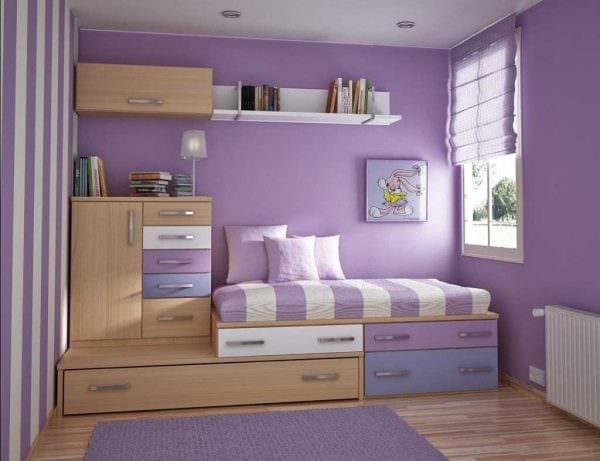 вариант яркого стиля маленькой комнаты картинка