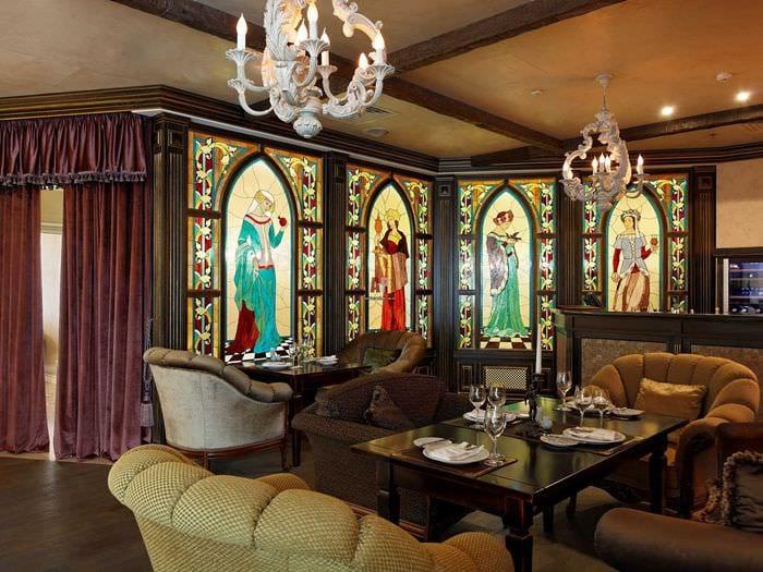 идея красивого дизайна квартиры в романском стиле