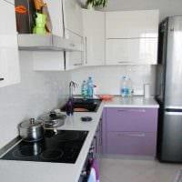 вариант яркого декора кухни 8 кв.м картинка