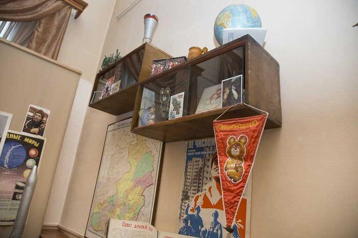 идея необычного стиля комнаты в советском стиле