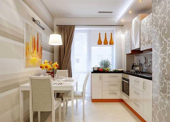пример яркого стиля кухни 14 кв.м