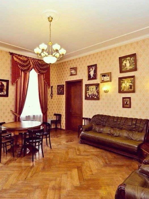 вариант яркого дизайна квартиры в советском стиле
