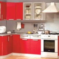 дизайн малогабаритной кухни яркий