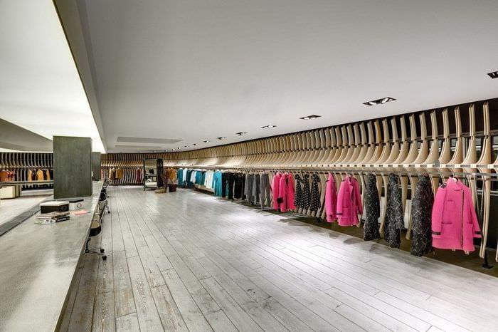 дизайн большого магазина одежды