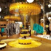 дизайн магазина одежды карусели