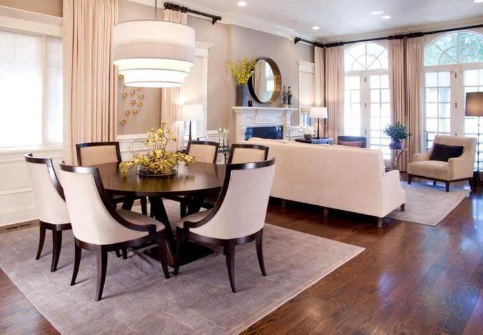 интерьер гостиной столовой