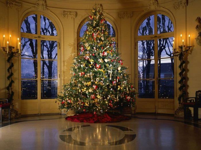 наряжаем елку в 2018