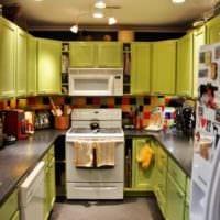 кухня 6 кв метров яркий дизайн