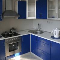 синяя кухня 6 кв метров