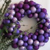 новогодний венок фиолетовый