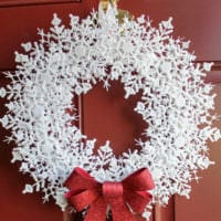 новогодний венок снежинка