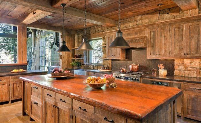 дачная кухня из дерева