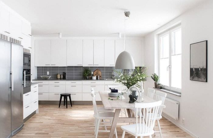 дизайн кухни столовой белый с серым