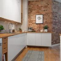 дизайн кухни студии с натуральной отделкой