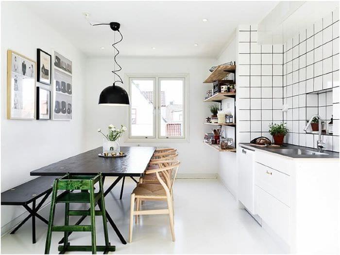 планировка кухни с вентиляционным коробом